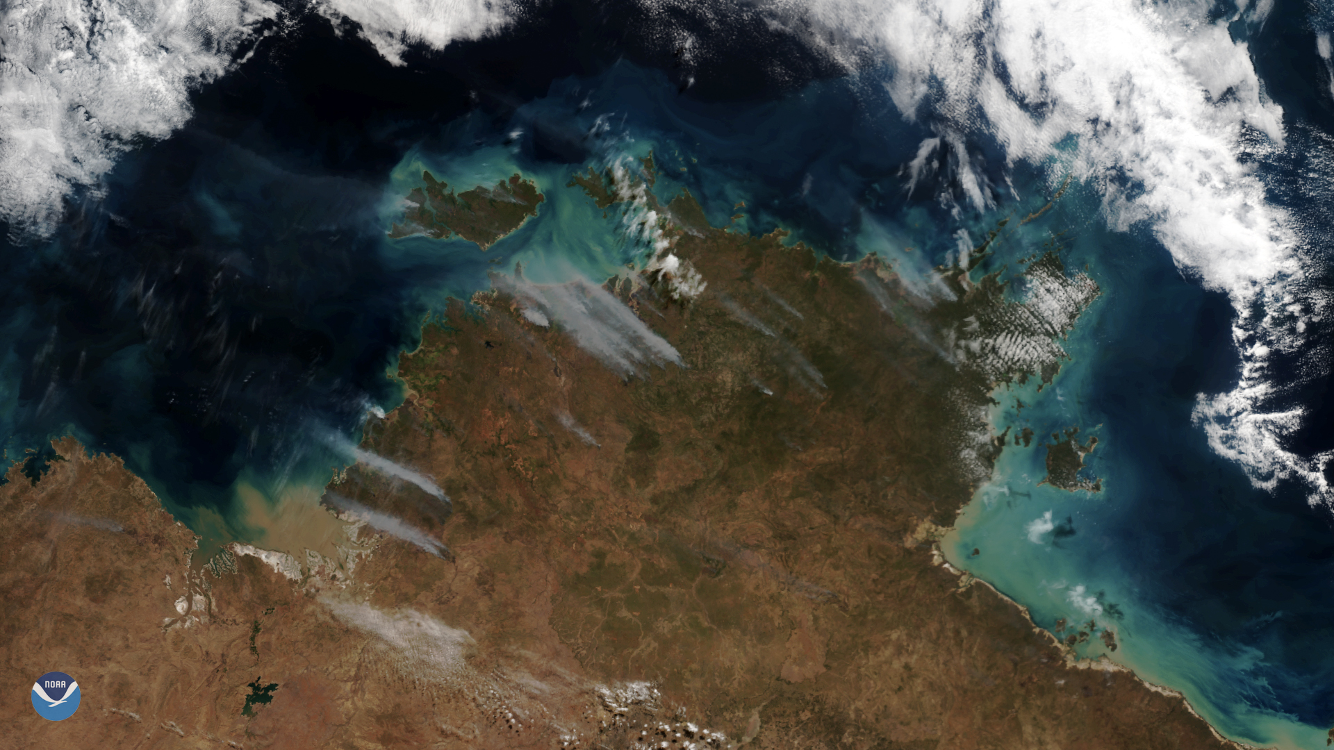 NOAA-20 Sees Plumes of Smoke From Bushfires