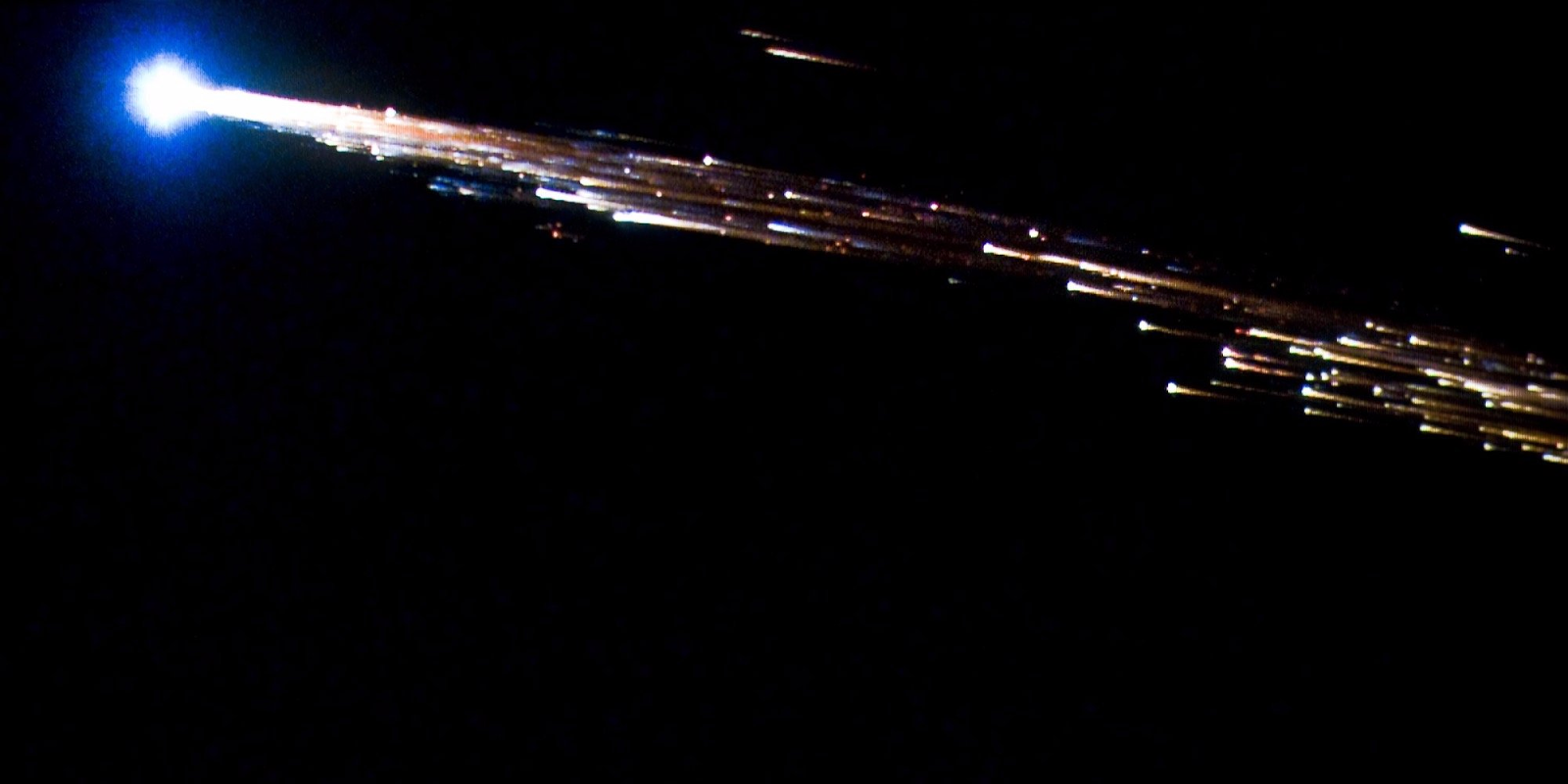 ESA's Jules Verne ATV breaks apart into a fireball while reentering Earth's atmosphere on September 29, 2008.NASA/ESA/Bill Moede and Jesse Carpenter