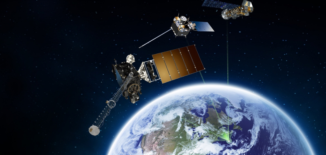 Image showing the role satellites play as part of the SARSAT system